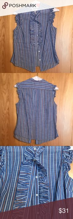 J Crew Top - 2 - Excellent Condition J Crew Top - 2 - Excellent Condition - 95% Cotton 5% Ramie - This has always been dry cleaned. J Crew Tops Blouses
