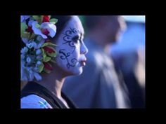 Really lovely HD video showing how different Mexican individuals pay tribute to their deceased loved ones on Dia De Los Muertos - YouTube