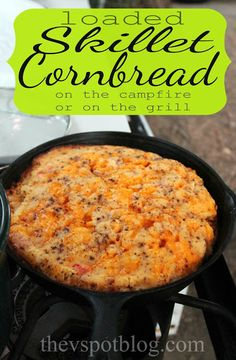 Loaded Skillet Cornbread (for the campfire or the grill w/ corn, bacon, tomato, green chilies, cheese). Will probably nix the tomato and chilies and use chopped onion and bell pepper instead. Dutch Oven Cooking, Dutch Oven Recipes, Cast Iron Cooking, Cooking Recipes, Cooking Bread, Cooking Fish, Gf Recipes, Recipies, Iron Skillet Recipes