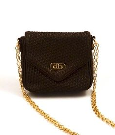 Luxurious and cruelty-free Cornelia Guest Peri Messenger bag