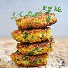 Quinoa koekjes met Feta | Quinoa Patties with Feta Cheese and Olives  Lekker, ook in de vorm van een tortilla.