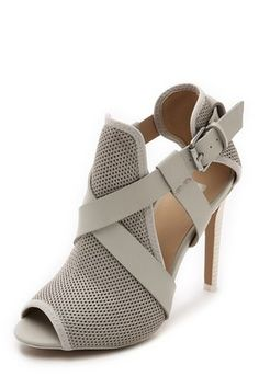 open toe booties http://rstyle.me/n/v33z6pdpe