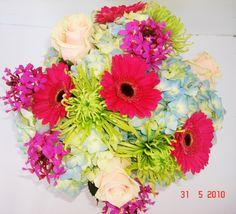 #flowerarrangement #impulsiveflowers #shoplocal #flowers #sales #pb #pacificbeach #lajolla #missionbeach #oceanbeach #ob #smallbusiness #sales #tropicalflowers #exotic #prettyflowers