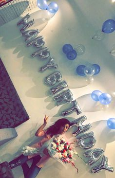 Sanam birthday celebration Happy Birthday Quotes For Friends, Happy Birthday Images, Birthday Pictures, Happt Birthday, Birthday Celebration, Birthday Wishes, Desi Wedding Dresses, Pakistani Wedding Outfits, Wedding Saree Collection