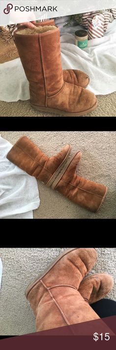 Used Chestnut Tall UGGS Very used but hate to throw them Away because they are still great for keeping warm during messy/outdoor activities. Will eventually donate if not sold💞 UGG Shoes
