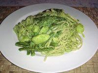 Piatto del giorno: Trenette al pesto ligure! Una ricetta di Martino Ragusa #pestiinpista #buonappetito