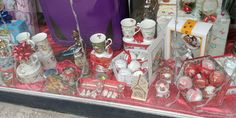 #christmas #christmasgifts #christmastime #librariileclb Christmas Time, Christmas Gifts, Painting, Art, Xmas Gifts, Art Background, Christmas Presents, Painting Art, Kunst