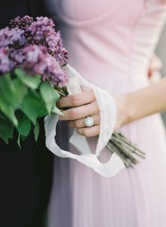 Cottage garden wedding inspiration with lush spring florals and a romantic palette of lilac, fresh green, and antique ivory! Lilac Bouquet, Lilac Flowers, Luxury Wedding Dress, Wedding Beauty, Wedding Dress Cathedral Train, Wedding Colors, Wedding Flowers, Lilac Wedding, Spring Wedding