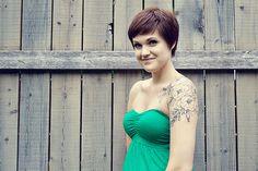 Love her hair & tattoo Hair Tattoos, New Tattoos, I Tattoo, Cool Tattoos, Tatoos, Floral Tattoos, Tattoo Pics, Sweet Tattoos, Tattoo Ideas