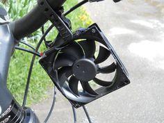 16-åring har byggt en manick som laddar mobilen medan du cyklar. Så gör du en själv! https://delbart.se/ladda-mobilen-cykel/