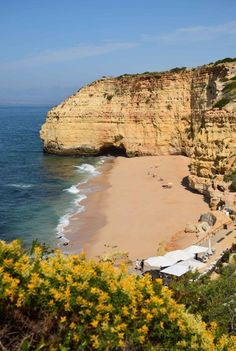 The Algarve, Portugal in 3 Perfect Days - Vale Centeanes  #travel #portugal #algarve #beaches