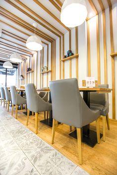Les saveurs de JOSEPH à Rennes - Architecture par l'agence LABEL ETUDES Joseph, Dining Chairs, Architecture, Furniture, Home Decor, Rennes, Arquitetura, Decoration Home, Room Decor