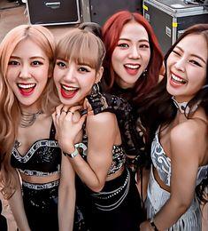 Yg Entertainment, South Korean Girls, Korean Girl Groups, My Girl, Cool Girl, Black Pink Kpop, Blackpink Members, Blackpink Photos, K Pop