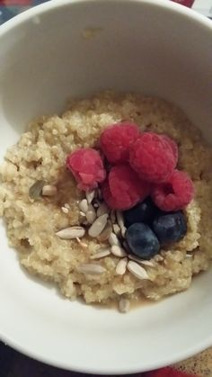 Good4U - Blog. After reading Michelle's Top Pick yesterday we kick started today with quinoa porridge, seeds and berries. If you have a sweet tooth, 1 or ½ a teaspoon of honey will go a long way in this nutritious breakfast. Quinoa Porridge, Clean Plates, Nutritious Breakfast, Get Healthy, Sweet Tooth, Oatmeal, Berries, Seeds, Honey
