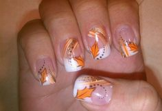 17 Fantastic Fall Leaves Nail Art Designs-7