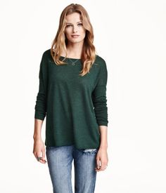 $19.99 • HM • Fine-knit, loose-fit sweater with dropped shoulders and long sleeves. Wide-cut neckline and rounded hem. Slightly longer at back.