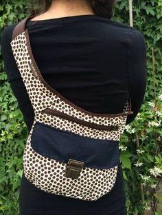 Back Pack Alternative Backpack Bags, Tote Bag, Craft Bags, Hip Bag, Bag Patterns To Sew, Sweater Making, Denim Bag, Casual Bags, Handmade Bags
