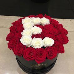 Flowers Romantic Ideas For Him, Gift Box Design, Fruit Shop, Cute Couples Photos, Flower Letters, Valentines Flowers, Alphabet Design, Colorful Roses, Flower Boxes