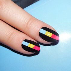 ▪️Color blocks ▪️nails by Alicia Torello