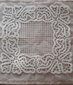 Bruges Lace, Lace Tape, Crochet Collar, Antique Lace, Bobbin Lace, Hobbies And Crafts, Embroidery Designs, New York, Women