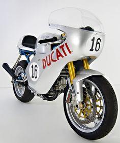 Ducati #16 Rocket Garage.#CafeRacer #TonUp