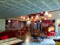 Le bar à Bulles à La Machine du Moulin Rouge, 90 Bd de Clichy, 75018 Paris (France)