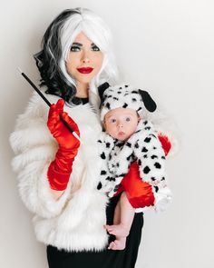 DIY Mommy and Me Costume. Cruella De Vil and Dalmatian puppy!