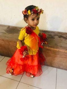 Girls Dresses, Flower Girl Dresses, Flower Hair Accessories, Flowers In Hair, Wedding Dresses, Fashion, Dresses Of Girls, Bride Dresses, Moda
