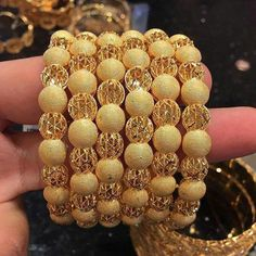 New Stylish Gold Bangles for Women - Indian Fashion Ideas The Bangles, Gold Bangles For Women, Indian Gold Bangles, Silver Bangles, Bracelets Design, Gold Bangles Design, Gold Jewellery Design, Jewellery Diy, Designer Jewellery