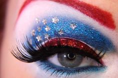 Avengers-Inspired Eye Makeup Designs so cool for costume makeup Looks Halloween, Halloween Face Makeup, Halloween Party, Costume Halloween, 4th Of July Makeup, Make Up Designs, Eye Makeup Designs, Eyeshadow Designs, Eyeshadow Ideas
