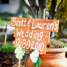 DIY wedding sign … a must have!