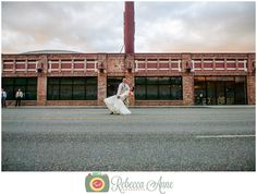 Greg & Kelsey's wedding at Historic 1625 in Tacoma by local Tacoma Wedding Photographer, Rebecca Anne Photography.