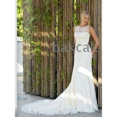 chest dress  High quality satin  Large tail  tulle Crystal Beading  wedding dress
