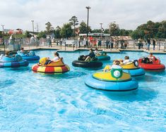 Electric Water Bumper Boats In Inflatable Pools