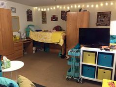 Haileyu0027s Dorm Wright State University, Huge Room! Part 59
