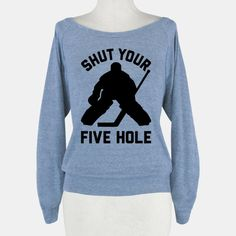 31 Reasons To Marry A Hockey Player Hockey Goalie, Hockey Games, Hockey Mom, Field Hockey, Hockey Players, Hockey Stuff, Hockey Girlfriend, Montreal Canadiens, Sweat Shirt