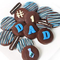 Dipped Cookies for Dad | Cookies Gift to USA Chocolate Covered Treats, Chocolate Dipped Oreos, Chocolate Covered Strawberries, Chocolate Gifts, Chocolate Bowls, Dylan's Candy, Candy Gifts, Candy Cart, Candy Gift Baskets