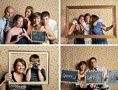Een fototent op je huwelijksfeest of verjaardagsfeestje zorgt voor een leuke nevenactiviteit. Succes verzekerd! Hier lees je hoe je er zelf een maakt.