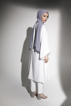 INAYAH | Showcase style, coolness and simplicity in this illuminating ensemble - White #Kimono #Midi + White Straight Leg #Trousers + Cool Grey Soft Crepe #Hijab -www.inayah.co