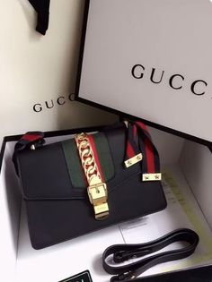 Uploaded by DayDreamerxBelieve. Find images and videos about fashion, black and luxury on We Heart It - the app to get lost in what you love. Hermes Kelly, Turntable, Record Player