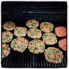 Turkey burgers with black beans, spinach, cilantro, onions, jalepeño, chives, garlic & taco seasoning.