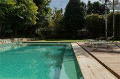 Casa de #Ronaldinho #Piscina #Brasil2014 Outdoor Decor, Home Decor, Rio De Janeiro, Brazil, Swiming Pool, Modern Man, Nice Houses, Flats, Bonito