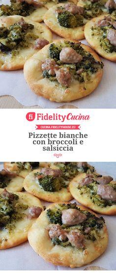 Pizzette bianche con broccoli e salsiccia