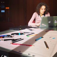 Dans ce workshop, on apprend à explorer l'univers du stylo.