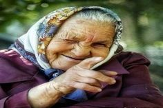 I shall be a smiling crone.a laughing babushka with cats and hens. We Are The World, People Around The World, Old Faces, Baba Yaga, Aging Gracefully, Interesting Faces, Happy People, Old Women, Alter