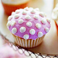 pretty cupcake...looks like a mushroom. would be fun if  I had a faerie tea party
