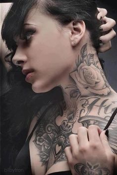 Woman neck Tattoo, a light in my chest, spreads his wings.