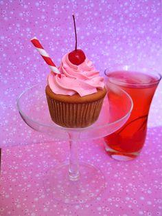 Sasaki Time: Shirley Temple Cupcake Recipe!
