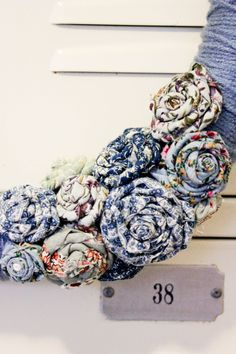 Yarn Wrapped Wreath {Notes on a Wire}