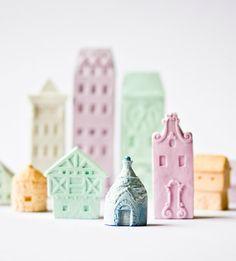 Teeny tiny clay houses - Poast - Via Design Mom